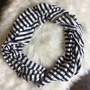 Lululemon Vinyasa Apex Stripe Black White Scarf